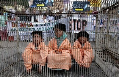 Children Protesting for Aafia