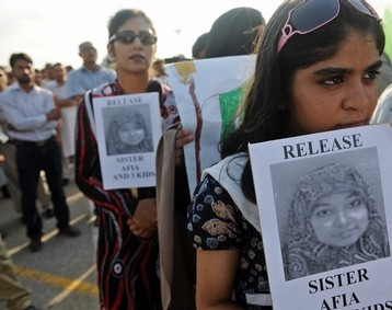 Women Protesting for release of Dr Aafia